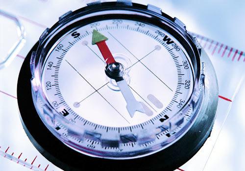 指南针什么原理_指南针工作原理示意图