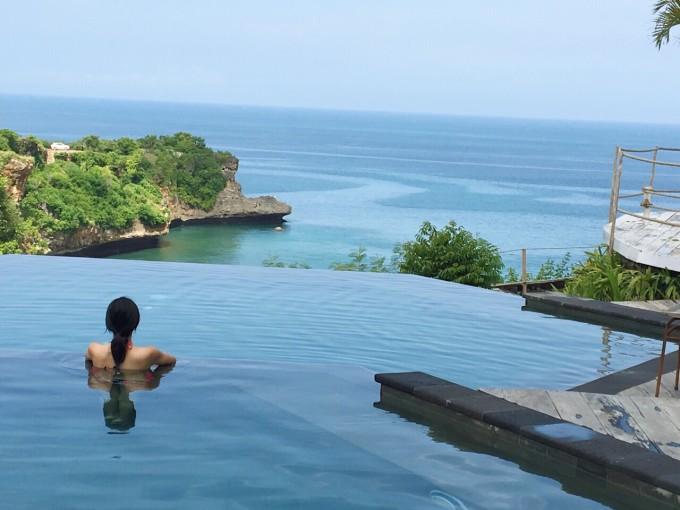 悬崖海景spa(带有私密浴缸)  一大早起跑去悬崖做spa也是没谁了