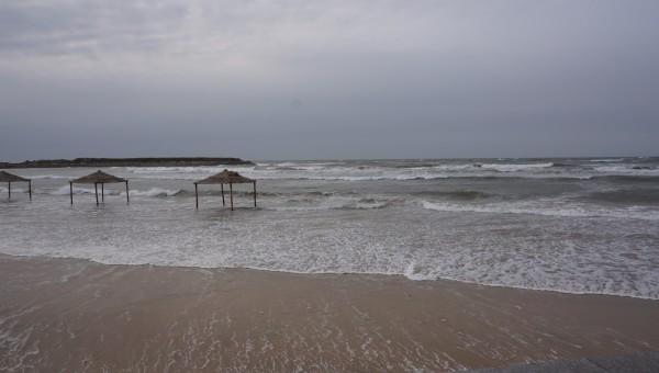 月亮湾海滨浴场