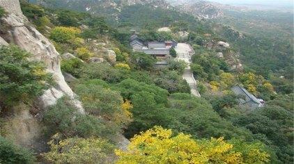 国家森林公园风景区,地处医巫闾山中麓,是整个医巫闾山自然保护区自然
