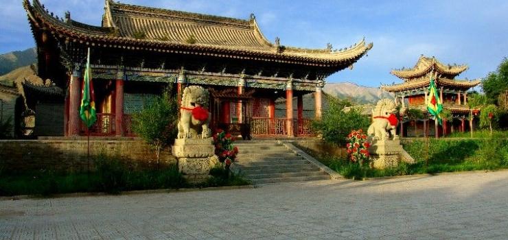 巴里坤地藏寺仙姑庙景区