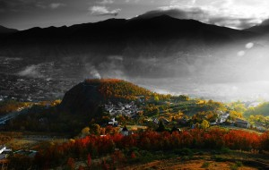 【金川图片】深秋去世外桃源欣赏那一抹红——藏寨、山谷、远山、河流、、、、、、