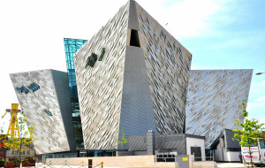 【英国图片】帝国风情——英国、爱尔兰之旅 3、巨人堤、贝尔法斯特、泰坦尼克博物馆、宝尔势格庄园、凤凰公园、都伯林城堡、健力士黑啤展览馆