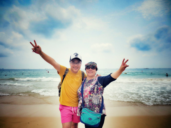 大海 就像妈妈一样——带着妈妈来一次完美的三亚游