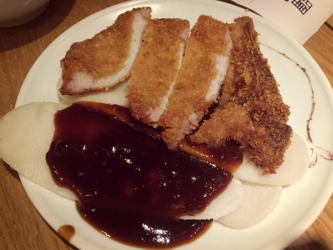 么?   上海万达瑞华酒店的网红月饼   绝佳组合的鲜肉月饼+葛仙米   上