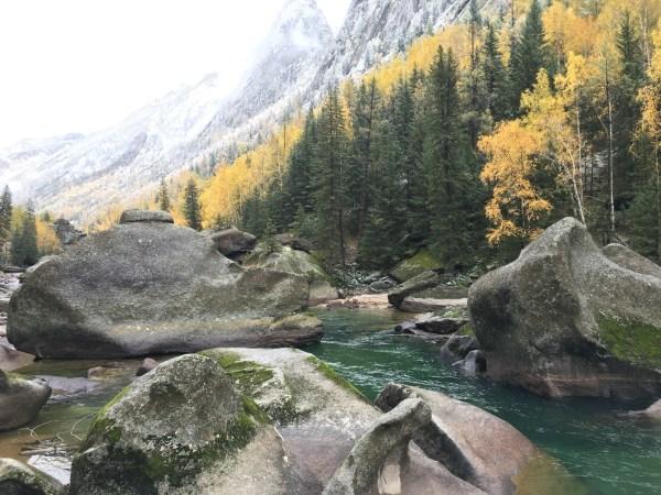 新疆 游记   可可托海风景区位于可可托海镇,景区面积达788公里,景点