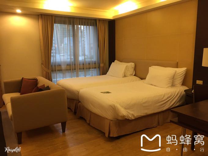 背景墙 房间 家居 酒店 设计 卧室 卧室装修 现代 装修 680_510