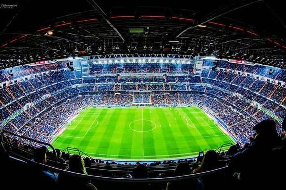 皇马主场朝圣 马德里伯纳乌球场参观门票